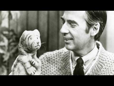 Fred Rogers Discusses Working With Puppets On The Childrens Corner Emmytvlegends Org Youtube