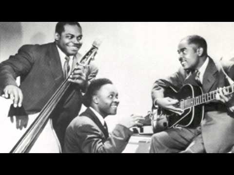 Willie Dixon / The Big Three Trio - Big 3 Stomp