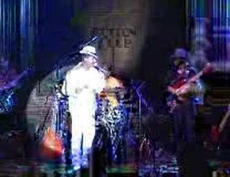 Daniel Morgan sings 7a.m. (live)  at tokyo Cotton Club