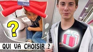 CADEAUX D'ANNIVERSAIRE POUR BÉBÉ : Qui va choisir ?