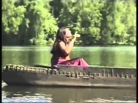 Molba Voilo Dov - Konkani Song  with lyrics