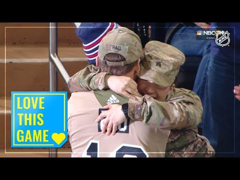 Sergeant Sharon Rau surprises family for emotional reunion at MSG