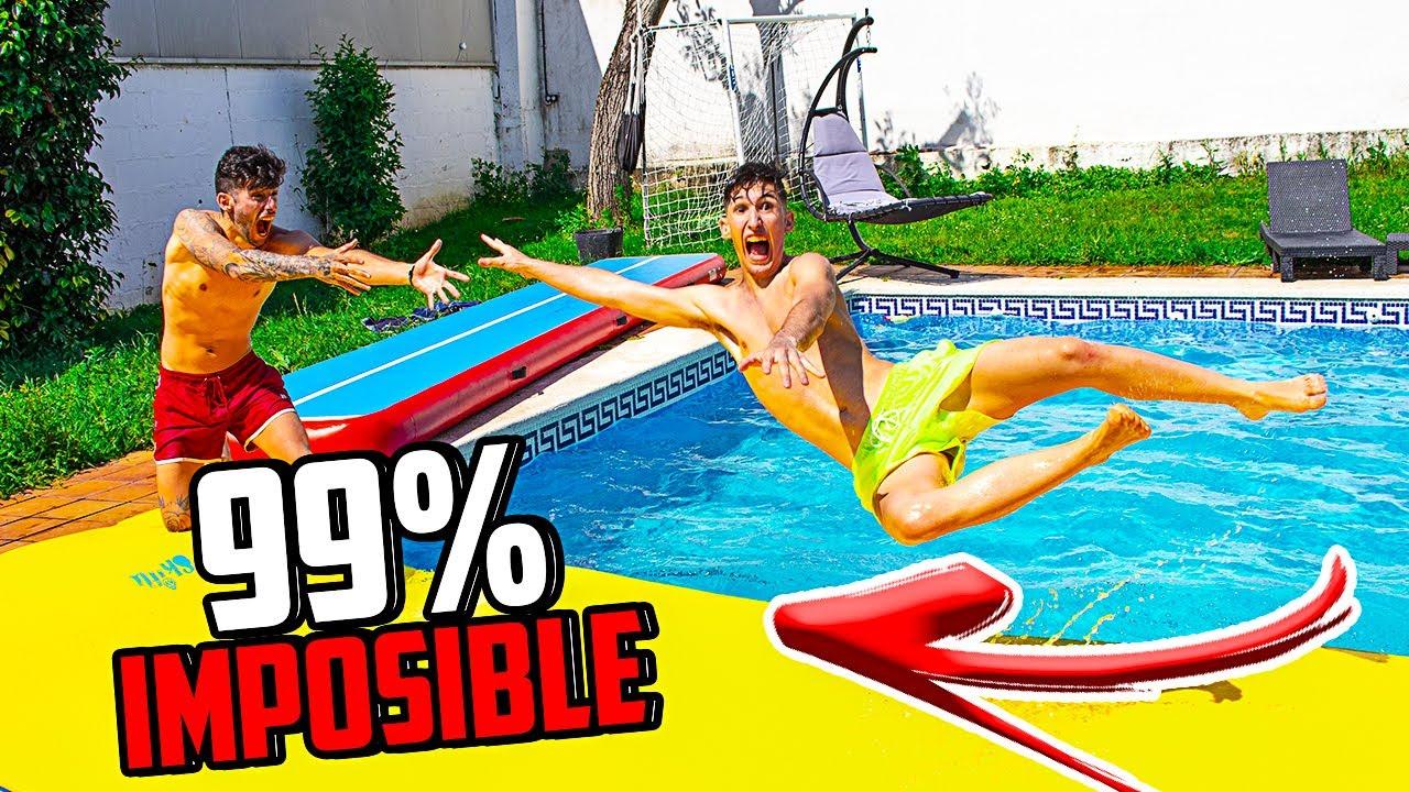 CRUZANDO LA PISCINA POR PRIMERA VEZ CON UN PUENTE 99% IMPOSIBLE !! || DAVIDISLA