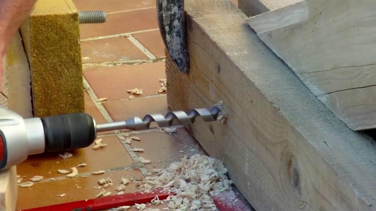 comment assembler une ferme de charpente bois traditionnelle youtube. Black Bedroom Furniture Sets. Home Design Ideas