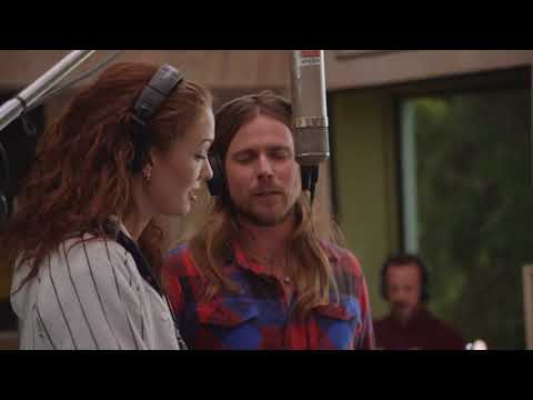 """Madison Ward and Lukas Nelson duet on """"My Next Guest Needs No Introduction With David Letterman"""""""