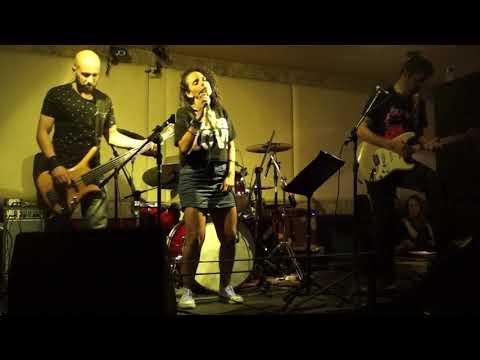 Yellow (Coldplay Cover)_Inamara & Cia do Rock