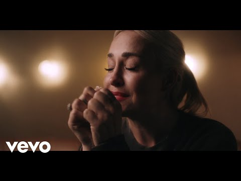 Смотреть клип Sarah Connor - Stark