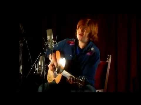 "Brett Dennen - ""Ain't No Reason"" Live HQ"