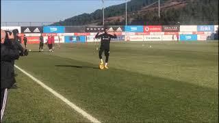 Beşiktaş'ın yeni transferi Kevin Prince Boateng ilk antrenmanına çıktı
