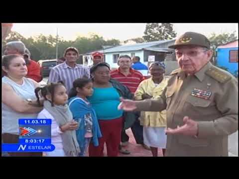 Raúl Castro Ruz ejerce su derecho al voto en Santiago de Cuba