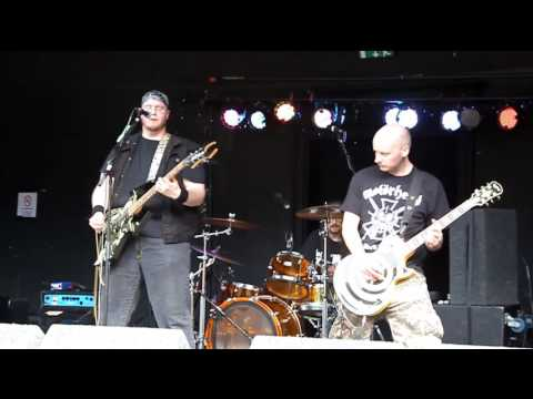 Hamerex: Traitor and The Dark Tower (Clarence Park Festival, Wakefield - 29/07/2017)