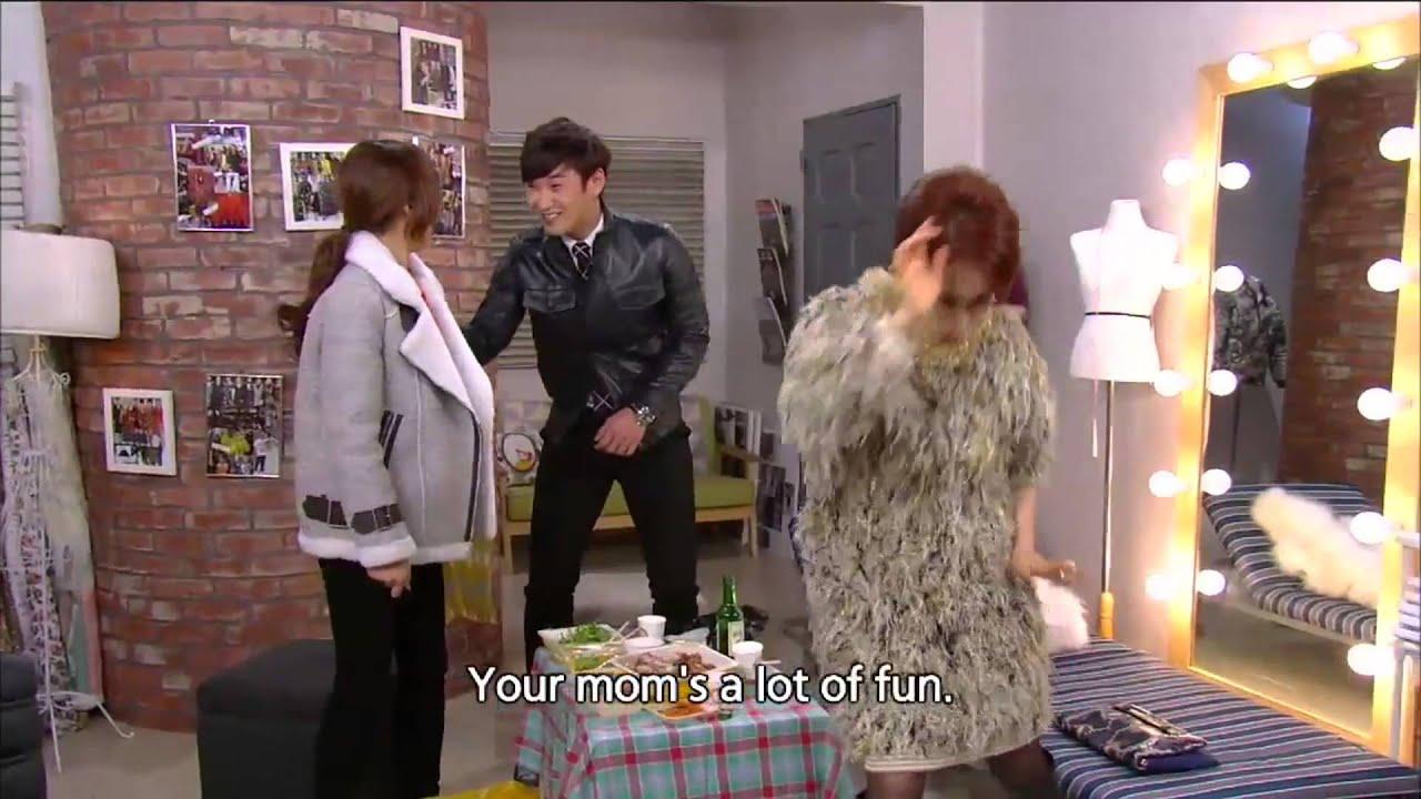 150204 술에 취해 태민 아줌마 팬 춤 링 딩동 - YouTube