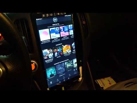 13 inch Tesla style head unit in a Nissan 370z