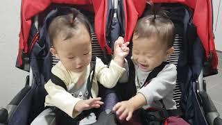 쌍둥이 유모차 타기~♡ 2020년 9월 28일