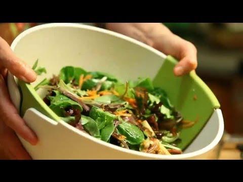 Maple Walnut Apple Salad : Fresh Salads