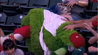 Phanatic gets hit with foul ball