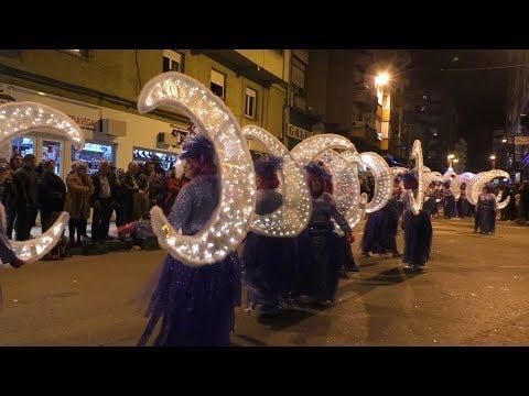 El tiempo hace brillar el carnaval de Torrelavega