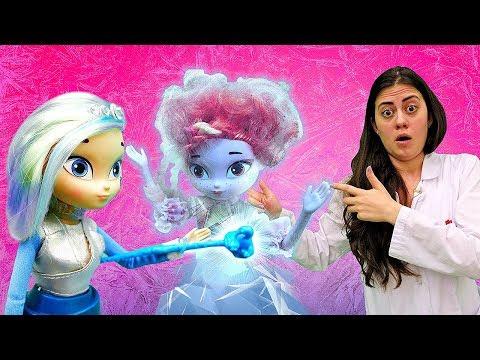 Сказочный Патруль - Снежка заморозила Алёнку! – Видео с куклами.