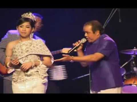 Khmer Villepinte with PHOUMENE DANTREY, (prae peay phat)