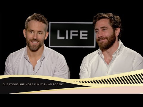 "Jake Gyllenhaal and Ryan Reynolds: ""We are two very liberal actors"""