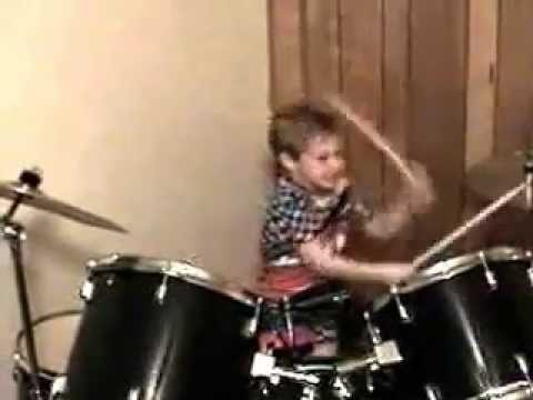 Brian Simmons  Drumming 4 years Old