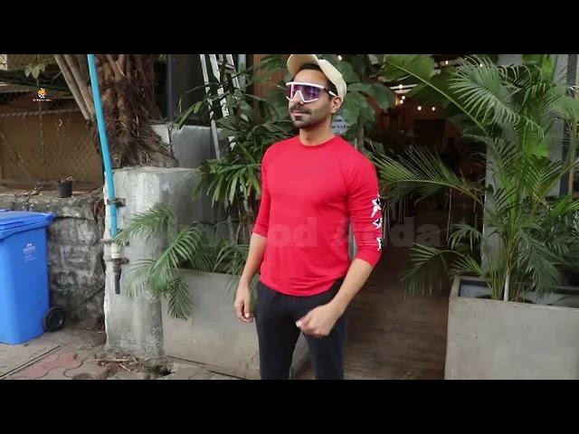 Aparshakti Khurana snapped at kitchen Garden juhu