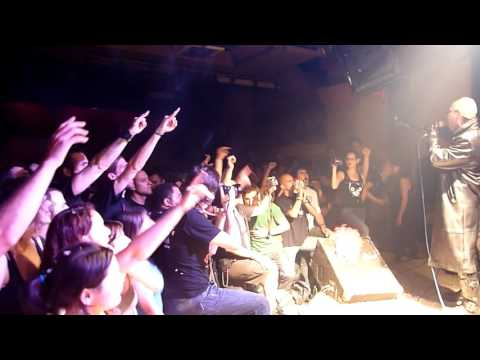 "Manolito Metal canta ""Turbo Lover"" en AK Madrid Mayo 2010"
