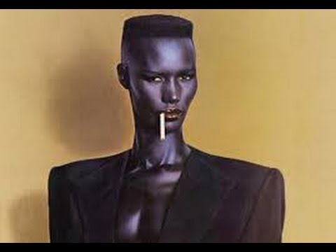 Grace Jones - Pull Up to the Bumper (1981) Island Records