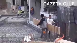 Portieri afrikan i Trepçës duke punuar në ndërtimtari