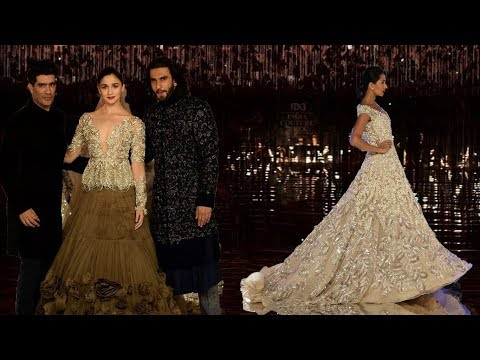Alia Bhatt & Ranveer Singh Walk For Manish Malhotra | India Couture Week 2017