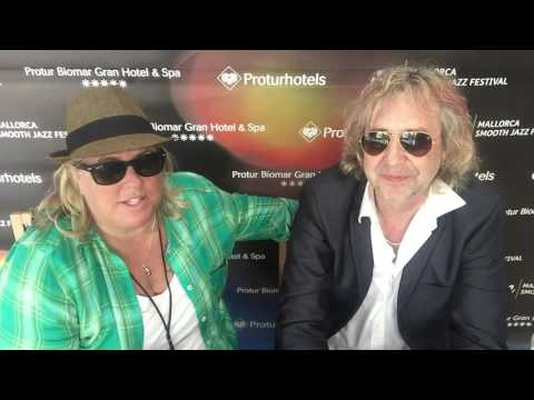 SANDY SHORE interviews the NILS in Mallorca, Spain