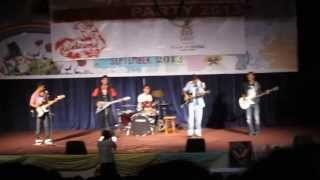SORA BARSE UMERAIMA - ( LIVE VERSION ) -