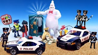 Jewelry store robbery and police cars. Toy Advent Calendar Playmobil and Unboxing