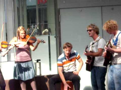 New Street Pop Musik September 2011 in Freiburg Von PAUL Valerry
