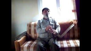 Aralıksız kaval çalan Mahmut Dede ( dilsiz kaval, solo )