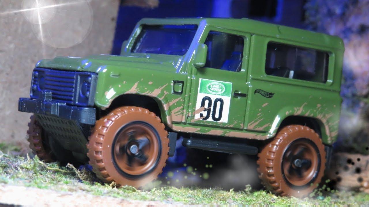 Baja Blazers 4//10 Green Hotwheels Land Rover Defender 90