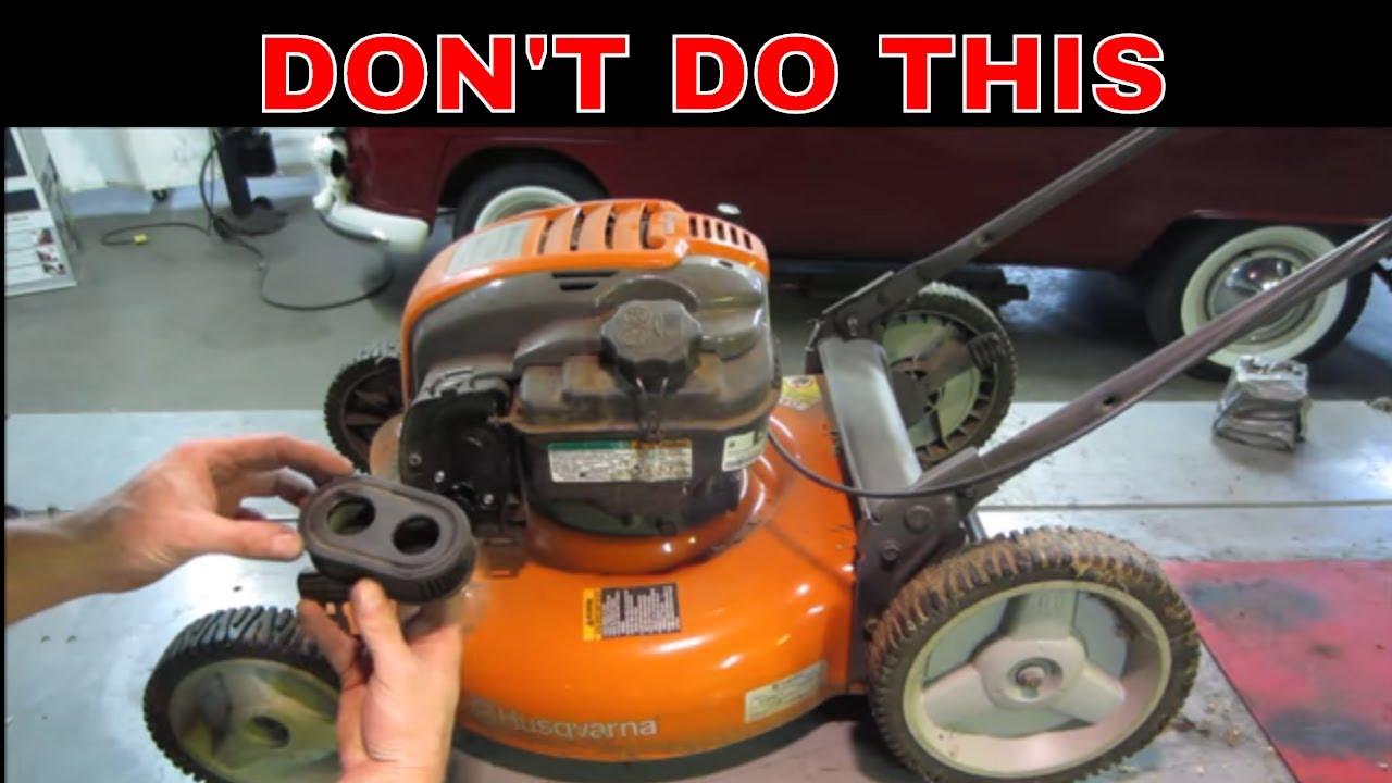 No Oil Changes Servicing A Broken Yard Lawn Mower