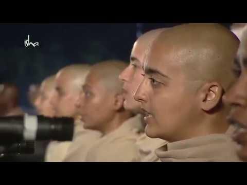 Nirvana Shatakam in presence of Sadhguru on Maha Shivaratri 2018 by Isha Brahmacharis