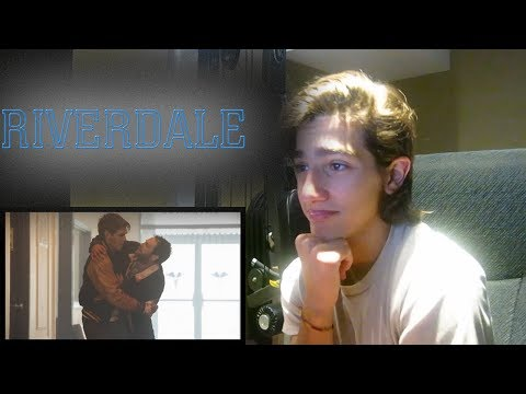 "Riverdale Season 2 Episode 1 REACTION - 2x01 ""Chapter Fourteen: A Kiss Before Dying"" Reaction"