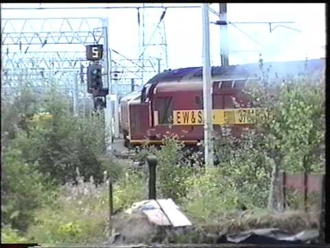 Rail from Aug Sept Oct 1998 With Class 26 27 31 37 47 56 58 EMU DMU Electrics