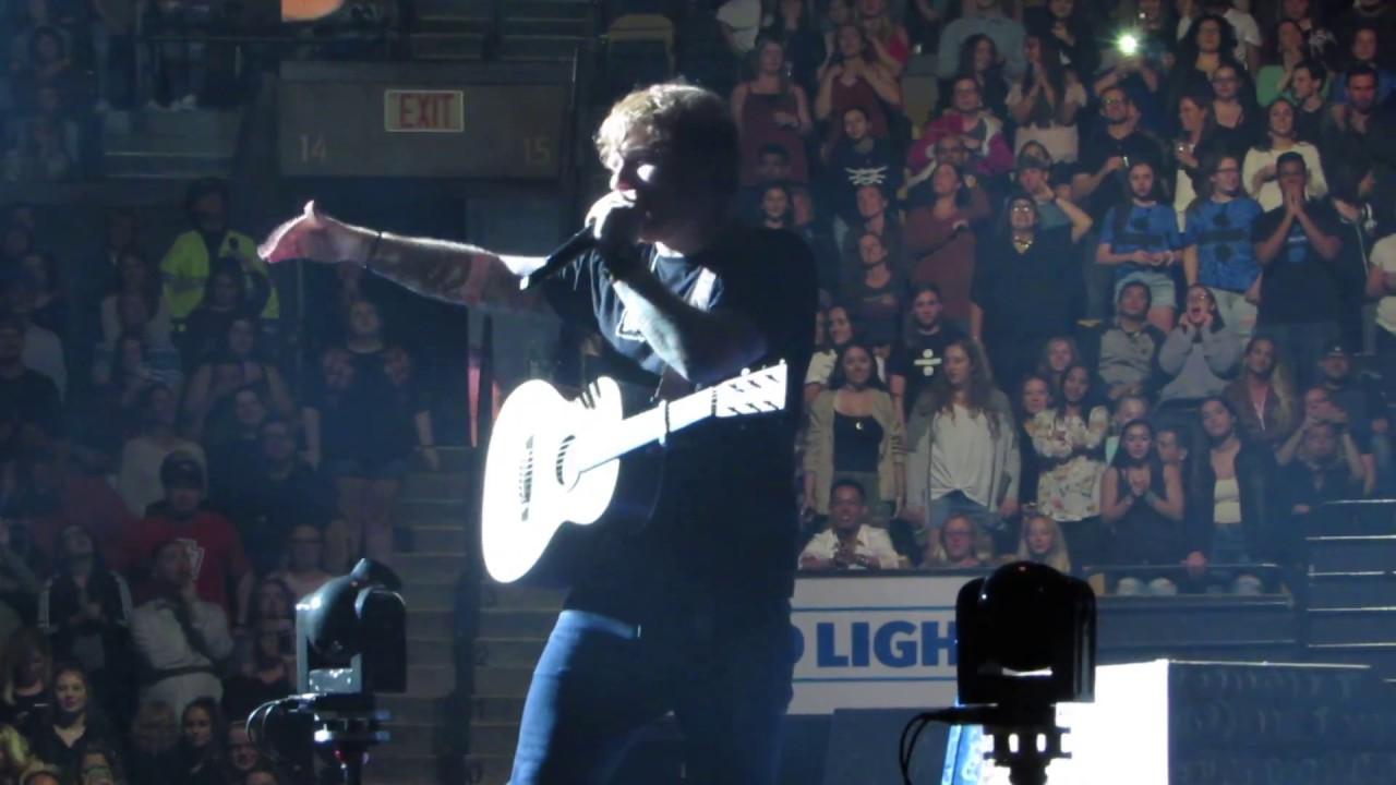 ed sheeran is boston gonna be the loudest crowd td garden 9 22 17 youtube