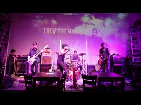 Lula The Magic Queen - Outshined (Soundgarden) (Live at Hood Bar and Cafe)