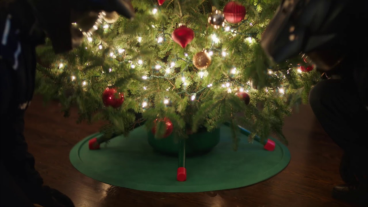 Holiday Mission: Get the Perfect Gifts Under the Tree Commercial ...