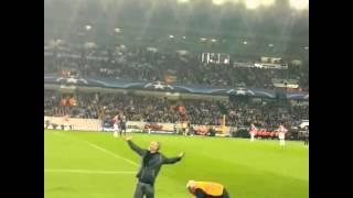 Pitch invader Club Brugge - Manchester United