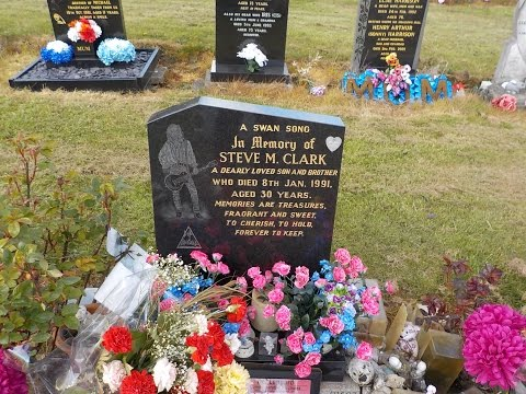 Overland Metalhead visits Steve Clark's grave in Sheffield