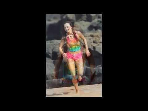 Madeline Carroll in Beach