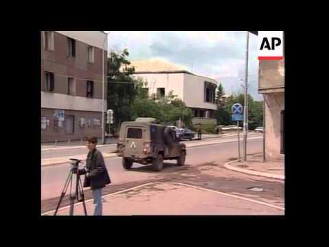 YUGOSLAVIA: KOSOVO: PRISTINA: CIVILIANS IN SHOOTOUT -  UPDATE