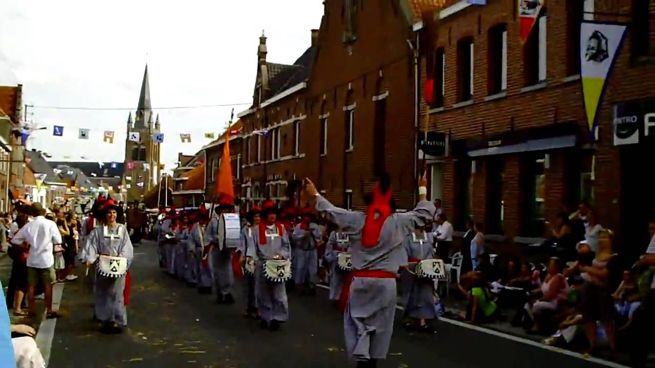 Heksenstoet Beselare 2017.The Witch Parade Heksenstoet Beselare July 2009