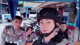 Kumpulan Tiktok Polisi Ganteng Bikin Klepek Klepek
