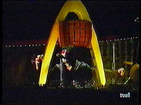 U2 Popmart Tour - Madrid 09-09-1997 - Part 2 TV Proshot
